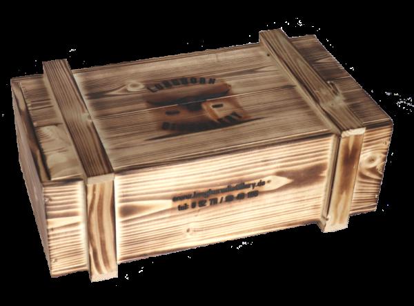 Holzkiste aus Echtholz